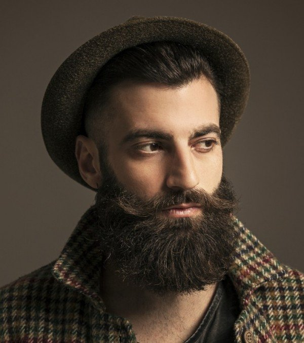 Men Hairstyle With Beard combination